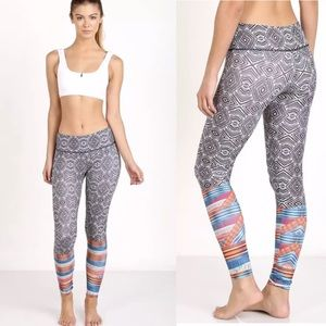 Onzie Long Graphic Legging Tribal Ikat Black White